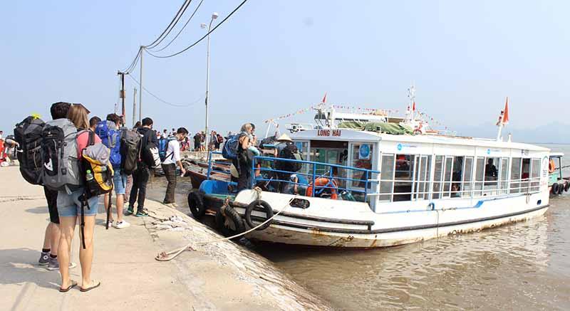 Hanoi to Cat Ba by bus
