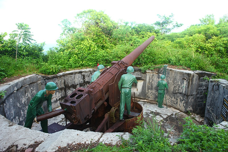 cannon-fort Cat Ba