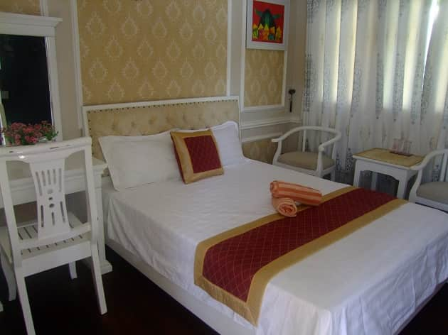 Cat Ba 2 days 1 night by cruise- Double room