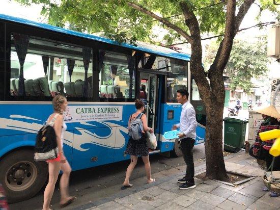 Bus Ninh Binh to Cat Ba island ( Cat Ba Express recommendation ) 2