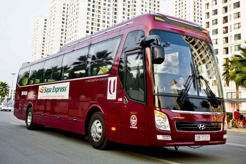 Bus Hanoi to Sapa