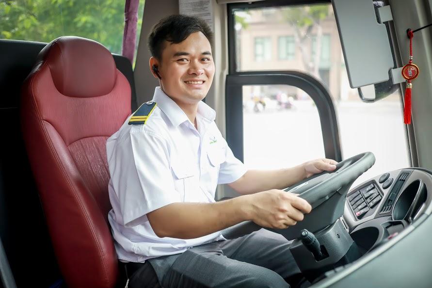 Bus Ha Noi to Ninh Binh 1