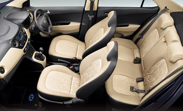 4-seat Car Noi bai Airport Pick-up or See-off 0