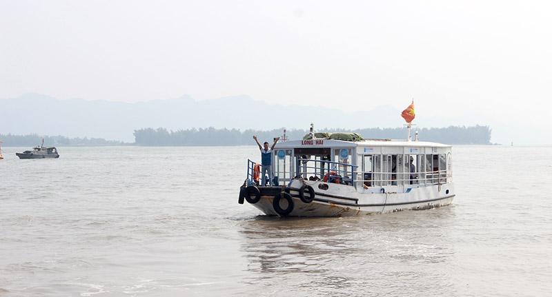 Xe từ Hà Nội đi Cát Bà - Cát Hải 3