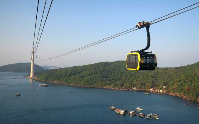 Cat Ba Cable Car
