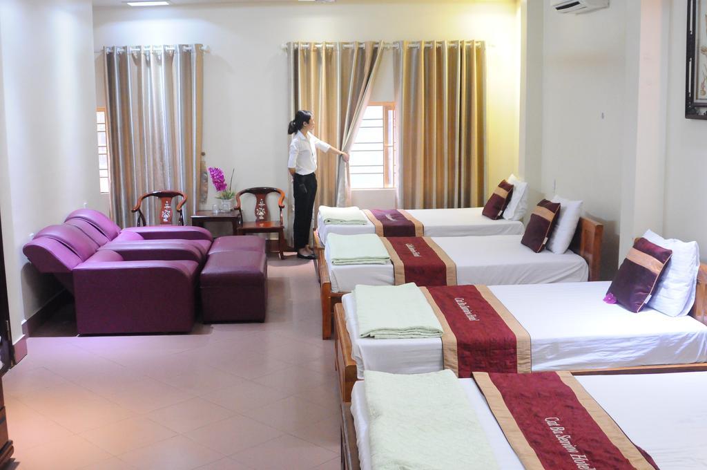 Cat Ba Sea View hotel triple ( plus)