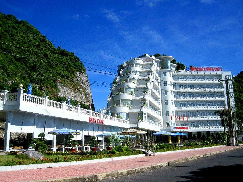 Hung Long hotel - a famous hotel in Cat Ba