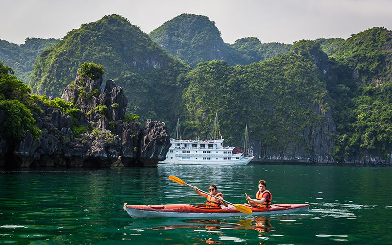 Kayaking on Lan Ha Bay - Cat Ba
