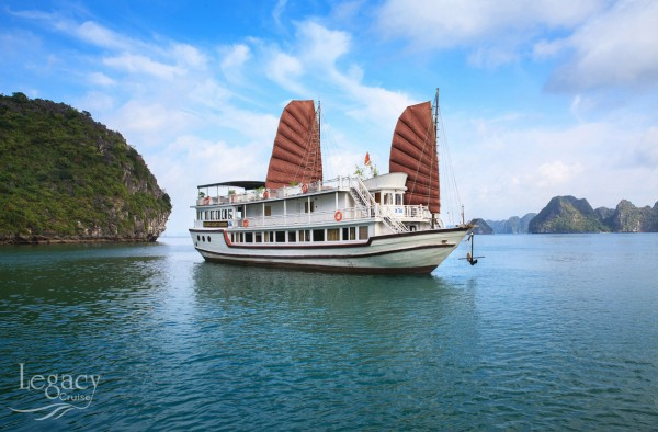 Halong Legacy Cruises 2days tour