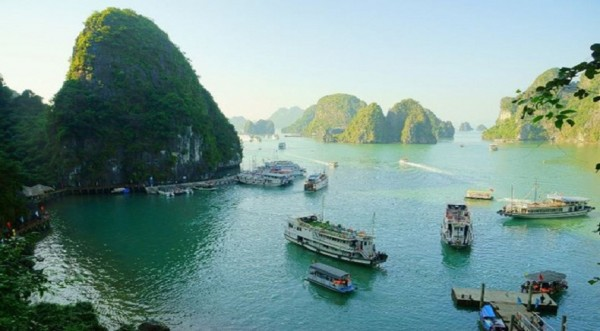 Halong- Catba island tour 2 days 1 night (at hotel)