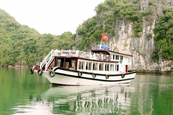 PRIVATE TOUR - Cat Ba One Day Cruises