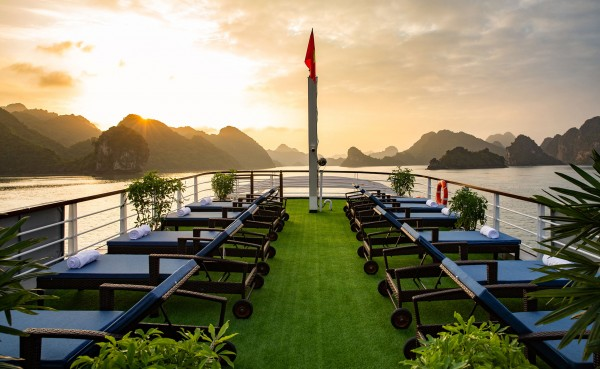 Unique Lan Ha - Halong bay full day tour