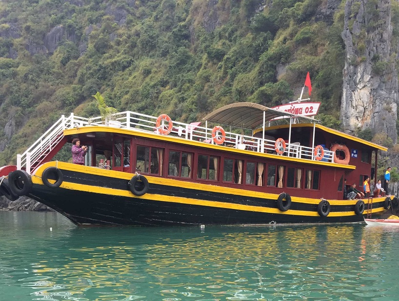 Cat Ba one day cruises tour