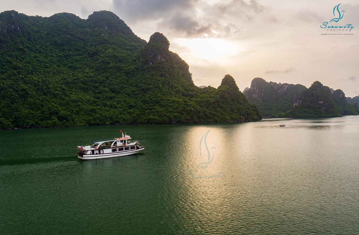 Du lịch Hạ Long - vịnh Lan Ha 1 ngày từ Hà Nội 8