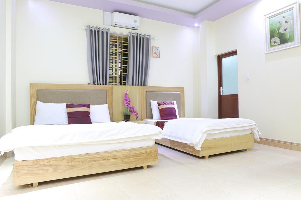 Cat Ba Sea View hotel  1