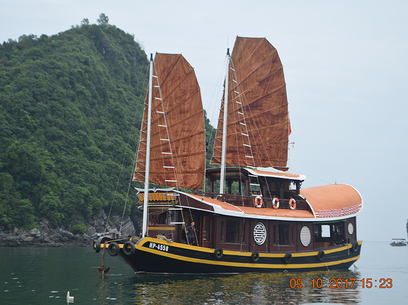 Cat Ba FAMILY 2 days 1 night tour 1