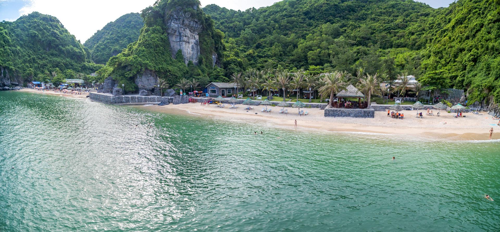 Cat Ba Beach Resort 2