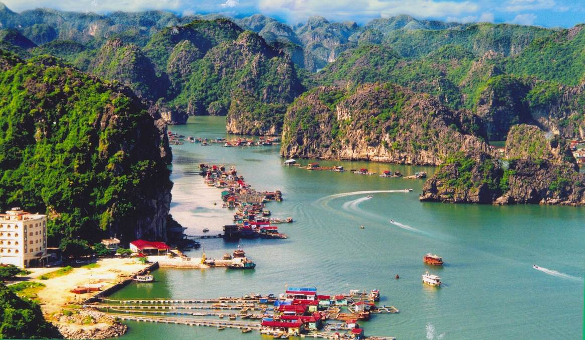 UNIQUE LAN HA - HA LONG FULL DAY TOUR 2
