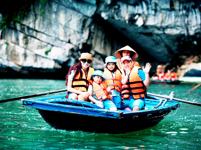 UNIQUE LAN HA - HA LONG FULL DAY TOUR 3
