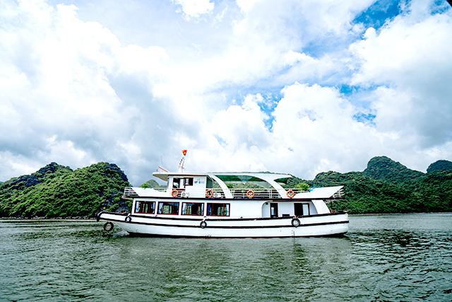 Du lịch Hạ Long - vịnh Lan Ha 1 ngày từ Hà Nội 3