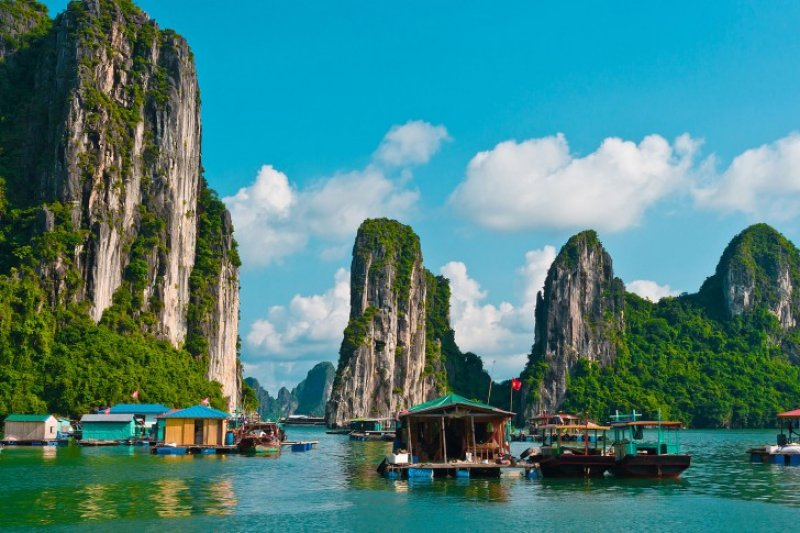 OVERNIGHT BOAT TRIP TO LAN HA-HA LONG AND BAI TU LONG BAY 1