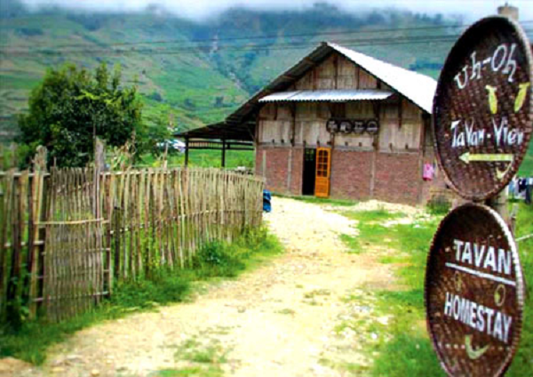Easy trekking Lao Chai - Ta Van village with homestay 2
