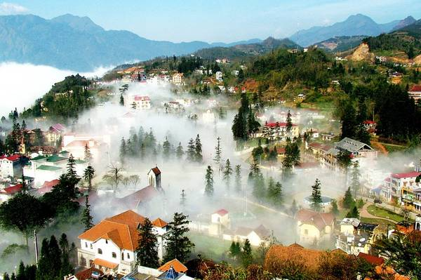 Sapa Tour 2 days 1 night by bus Cat Cat village Ham Rong-FanSipan 2